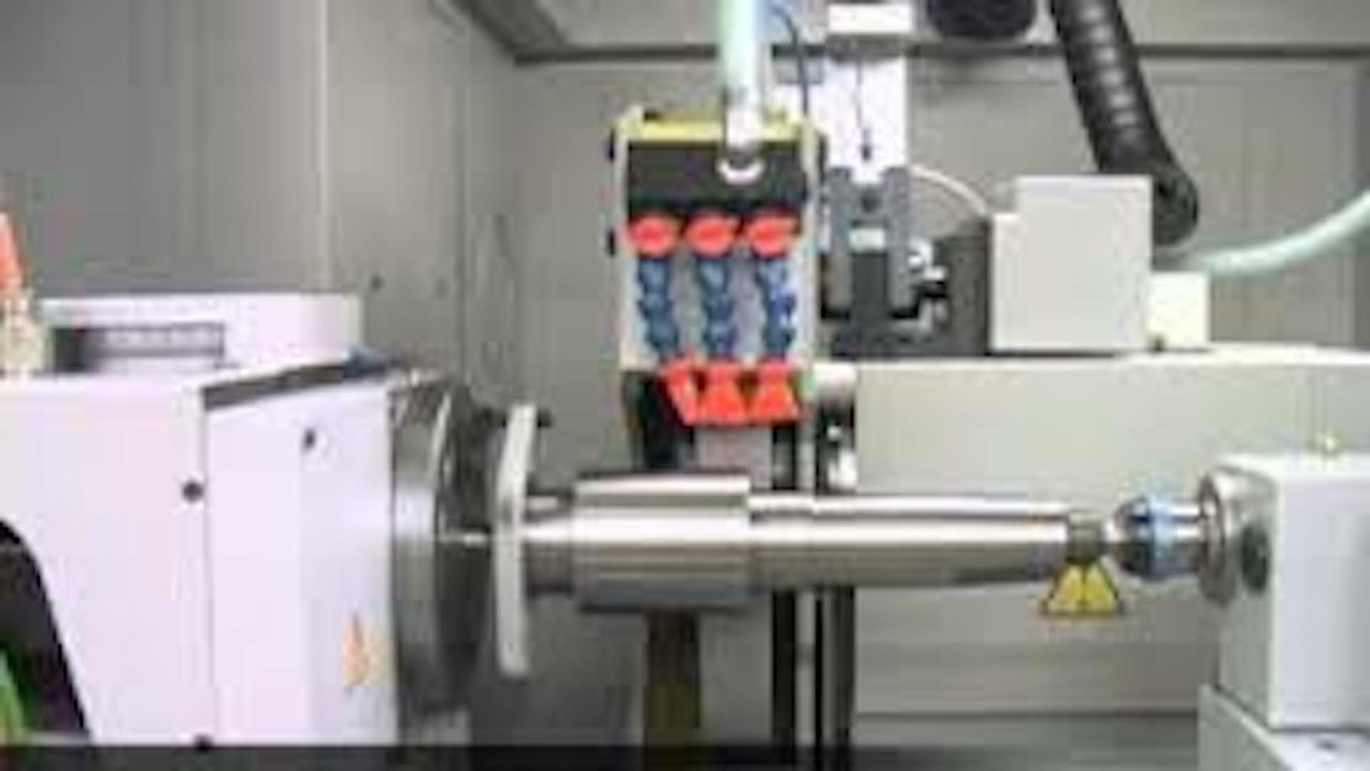 https://www.taylor-engineering.co.uk/wp-content/uploads/capabilities/grinding/jones-and-hipman-suprema-internal-view.jpeg