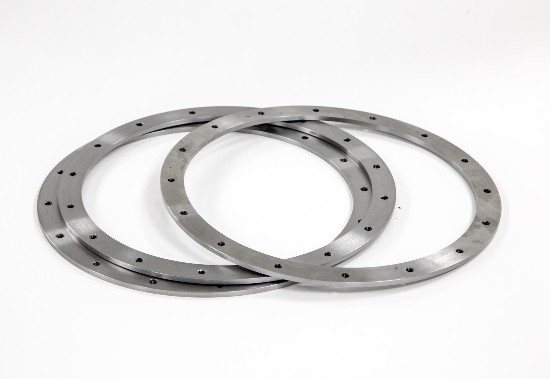 https://www.taylor-engineering.co.uk/wp-content/uploads/capabilities/turning/Doosan-400-parts.jpg