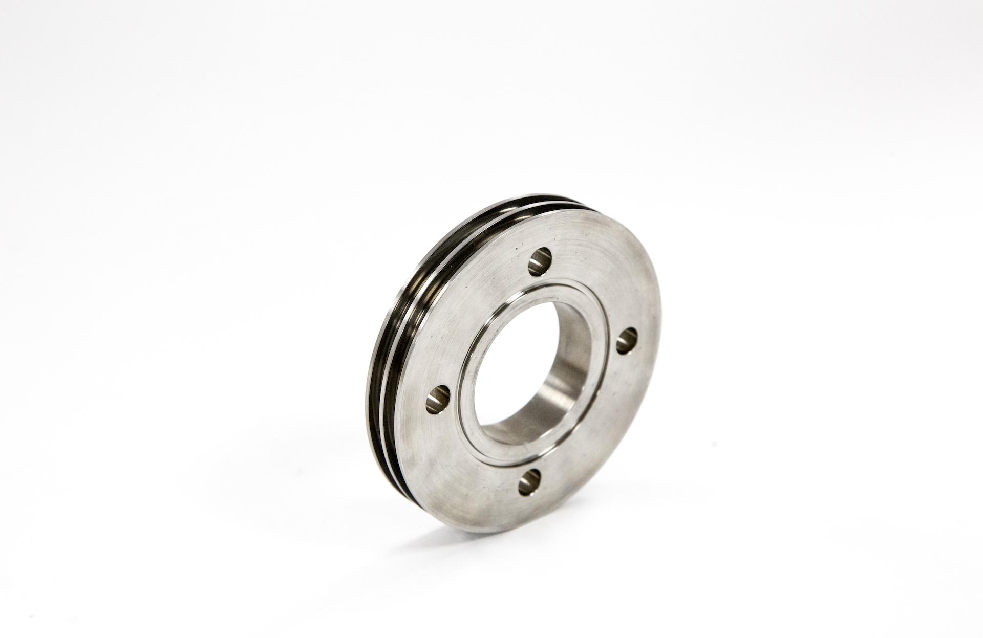 https://www.taylor-engineering.co.uk/wp-content/uploads/capabilities/turning/doosan-2100gt-parts.jpg